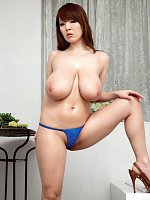 Hitomi - Big Tits