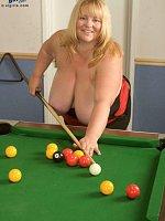 Kelly James - BBW, Natural Boobs