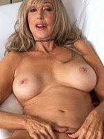 Christy Cougar - Mature