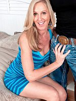 Jenna Covelli - Blowjob, Cumshot, Mature