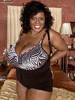 Shar Nitzapanus - Big Tits, Natural Boobs