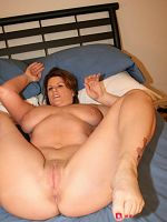 Cute big tit soccer mom shows of her thick curvy body for the cameras
