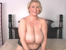 Net's hottest mature woman with big tits - Smantha38G