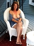 Amateur Mature Housewives & Milfs